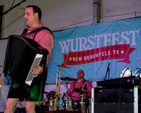 Wurstfest: Squeezebox & Mollie B.